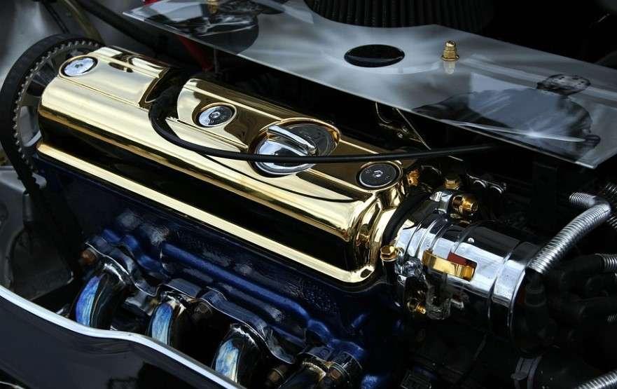 Blok motora automobila